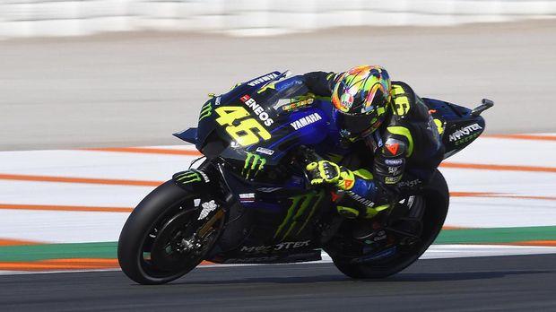 Valentino Rossi masih memiliki kontrak satu musim dengan Yamaha.