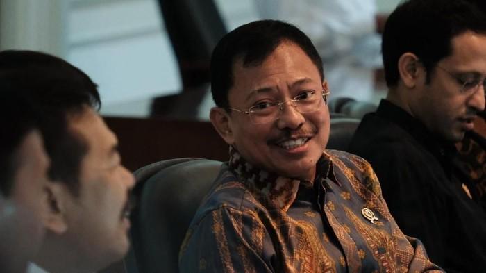 Menteri Kesehatan (Menkes) Terawan Agus Putranto menyebut ada 72 kasus hepatitis A di Depok, Jawa Barat. Tiga orang di antaranya dirawat inap di rumah sakit.