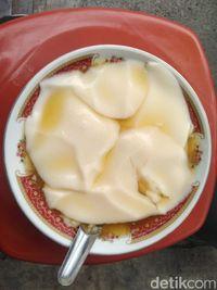 Hangat Creamy Wedang Tahu Bu Sukardi yang Bikin Nagih