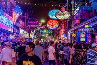 Kehidupan malam di Pattaya yang ingin makin dikontrol