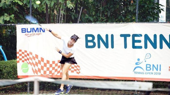Petenis Pelatnas Putri Indonesia Aldila Sutjiadi di semi final BNI Tennis Open 2019, Foto: BNI