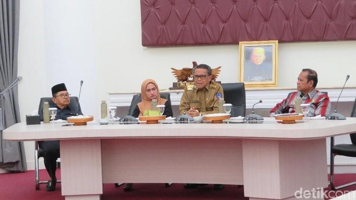 Gubernur Sulsel Nurdin Abdullah mengunjungi Palopo, Kamis (21/11/2019). (Noval Dhwinuari Antony/detikcom)