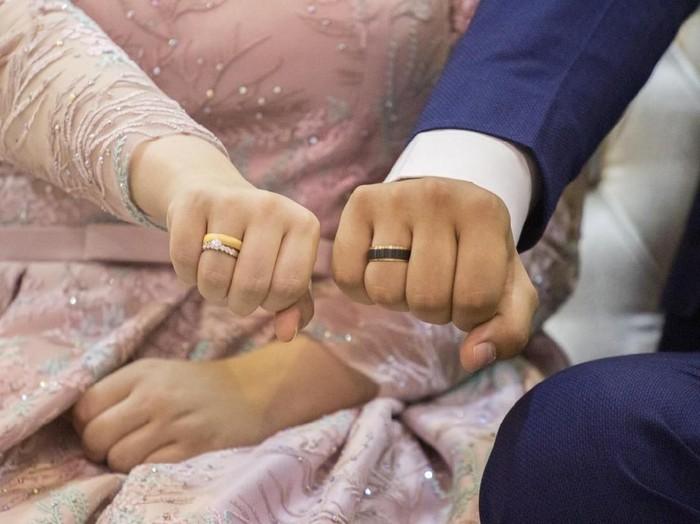Doa Minta Jodoh dalam Islam Agar Cepat Bertemu/Foto: iStock