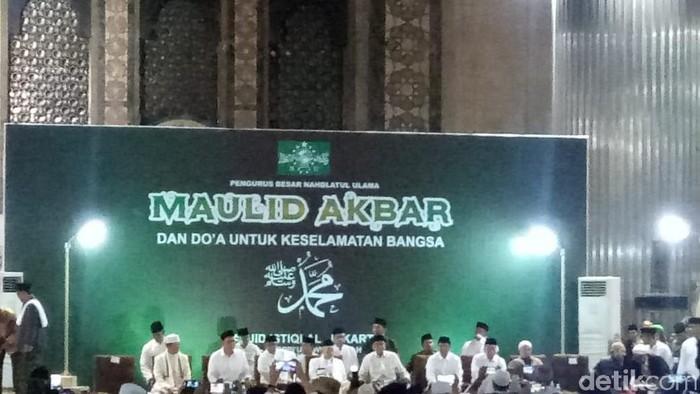 Gubernur DKI Anies Baswedan menghadiri peringatan Maulid Nabi di Masjid Istiqlal. (Fida/detikcom)