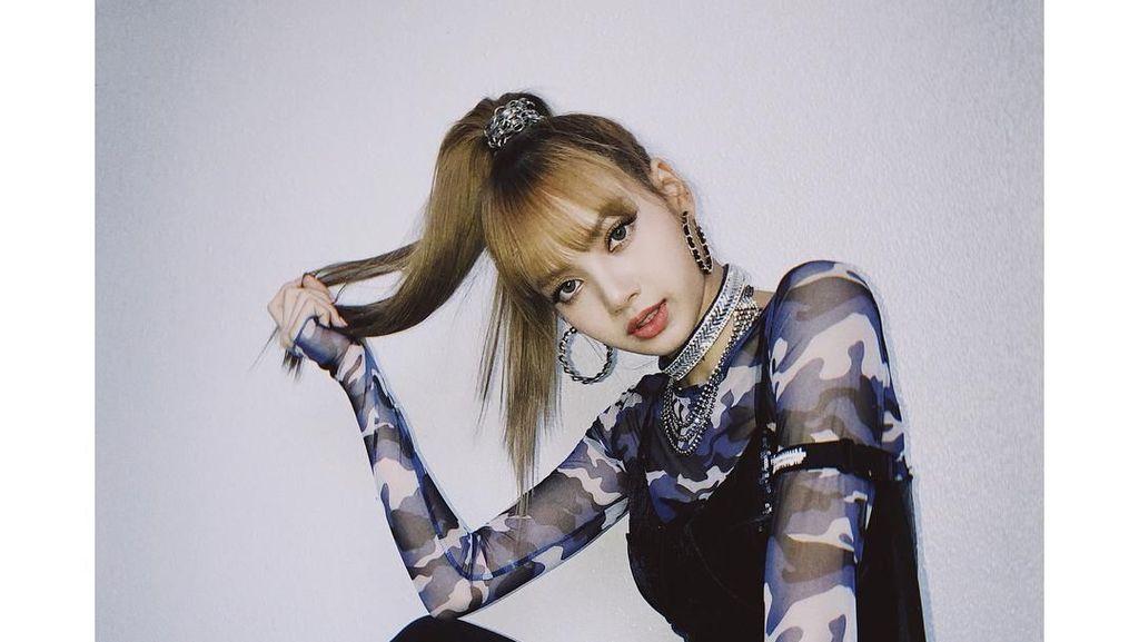 10 Gaya Ikonik Lisa Blackpink yang Masuk Daftar Fashion Paling Berpengaruh