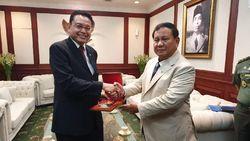 Menhan Prabowo Tertarik Beli Rudal dan Radar Swedia