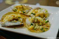 Bali Fish Market : Juaranya Kerapu Kukus dan Baby Lobster Bumbu Oriental