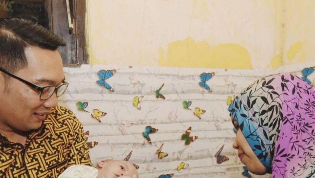 Jenguk Bayi Kembar Siam Bekasi, RK: Kita Doakan Bisa Kembali Normal