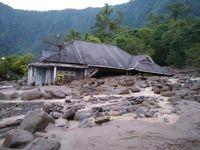 Banjir Bandang Landa Agam Sumbar, 1 Orang Tewas-Belasan Rumah Rusak