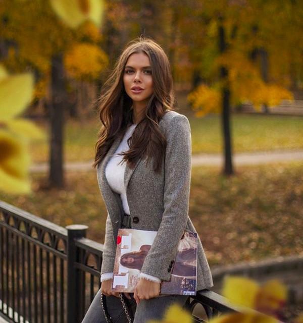 Viktoria Odintcova merupakan model asal Rusia yang terpilih menjadi salah satui dari 5 wanita terseksi 2019 di Rusia versi majalah pria Maxim. (viki_odintcova/Instagram)