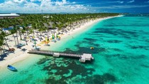 Negara Ini Tawarkan Asuransi COVID-19 pada Turis