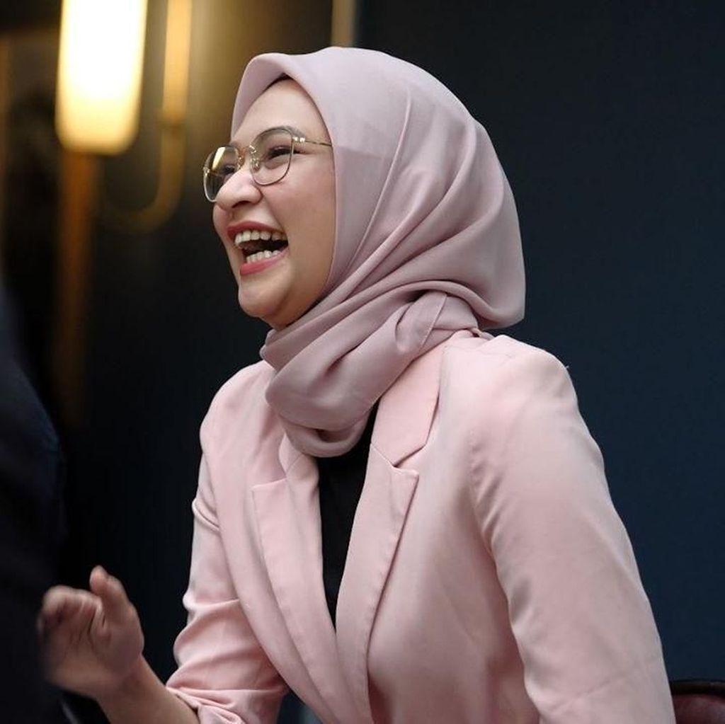Angkie Yudistia, Penyandang Disabilitas Jadi Staf Khusus Jokowi