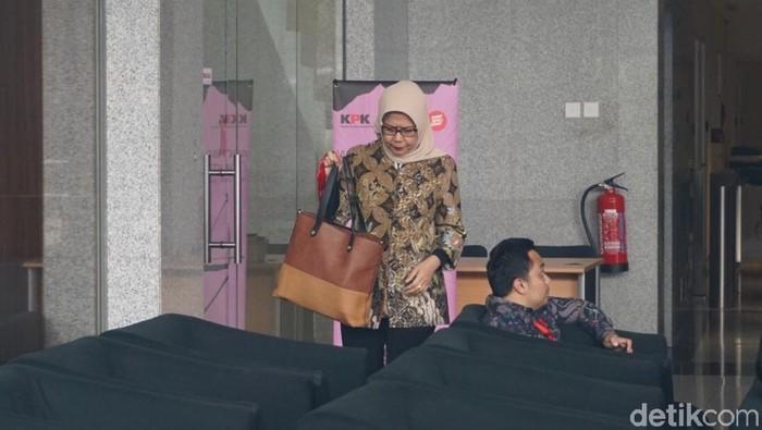 Foto: Direktur Utama PT Jasa Marga Desi Arryani di KPK. (Ibnu Hariyanto-detikcom)