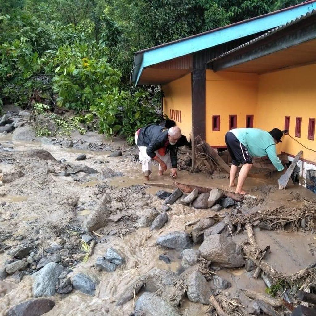 Pemkab Agam Tetapkan Tanggap Darurat Banjir Bandang 15 Hari