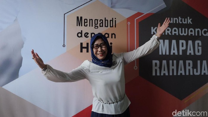 Lina Sugiharti (45) siap maju di Pilbup Karawang 2020. (Luthfiana Awaluddin/detikcom)