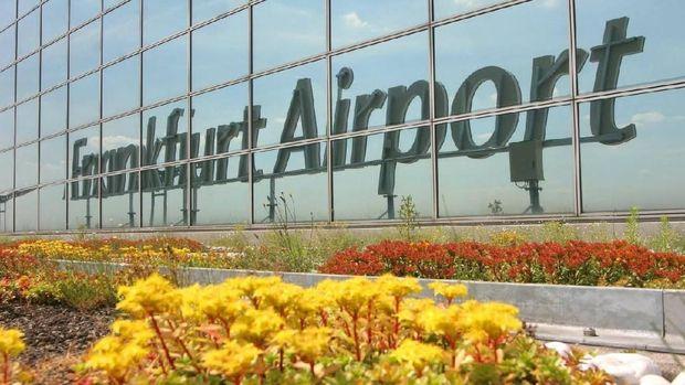 (Frankfurt Airport)