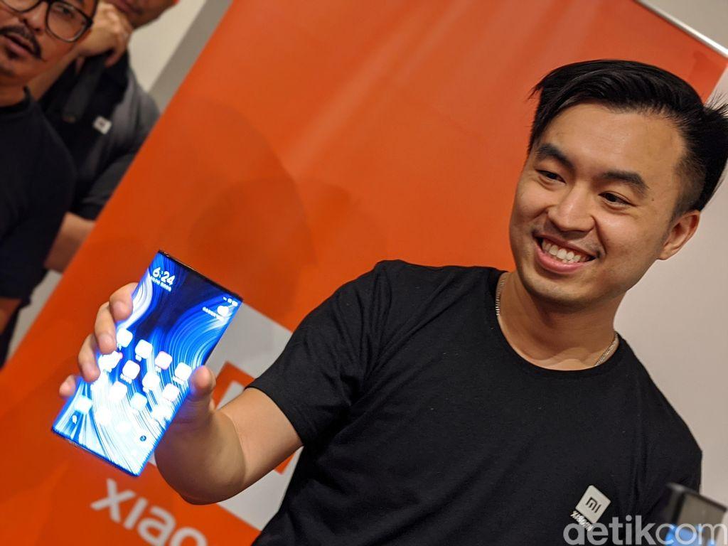 Mi Mix Alpha diperkenalkan pertama kali pada September lalu. Foto: Adi Fida Rahman/detikINET