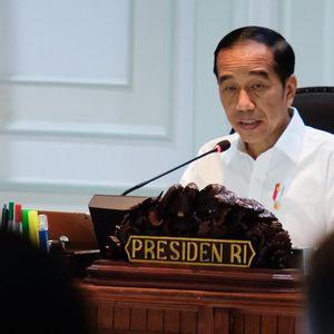 Jokowi Minta BUMN-Swasta Bersatu Kurang Impor Alutsista