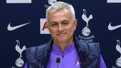 Mourinho: Saya Itu Rendah Hati, Orang-orang Saja yang Tidak Paham