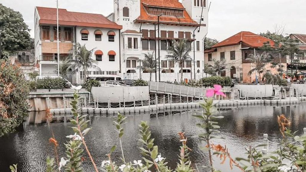Cukup Rp 7 Ribu Bisa Mampir Sungai Cheonggyecheon Jakarta