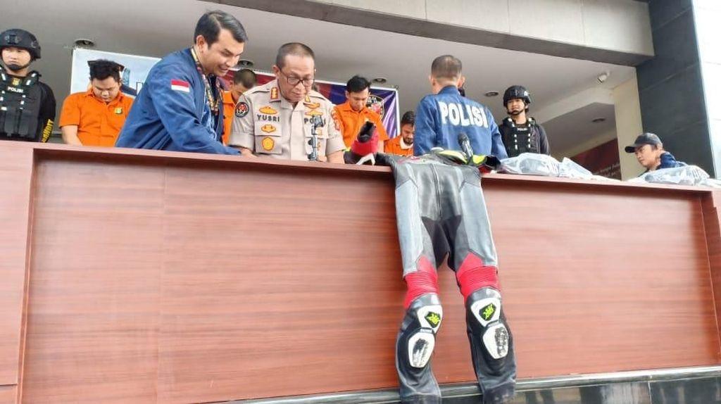 Bersenjata Pulpen, Ini Modus Komplotan Bobol Koper Pembalap di Bandara