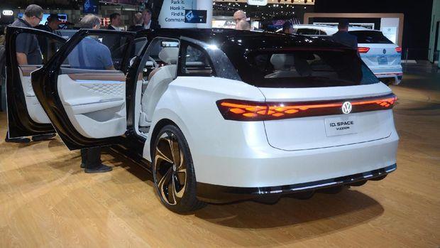 VW ID Space Vizzion Tantang Mustang Listrik di Amerika