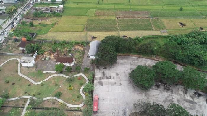Foto: Penampakan udara sisi barat terminal yang akan jadi TPS Badung (Dok. DLHK Badung)