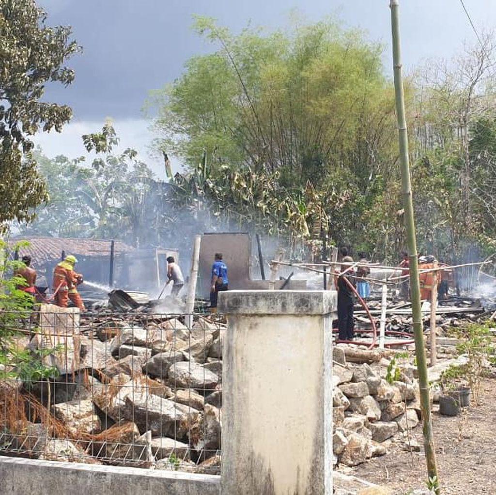 Kebakaran di Wonogiri, 2 Rumah dan Kandang Sapi Ludes
