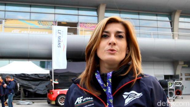Julia Estelle Dukung Pebalap Indonesia Berlaga di Le Mans Asia
