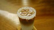 Paduan Rasa Es Kopi Susu Klepon di Kafe Ini Bikin Nagih
