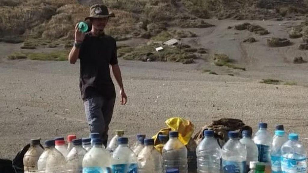 Hai Pendaki Gunung, Kok Sembarang Buang Botol Isi Air Pipismu?
