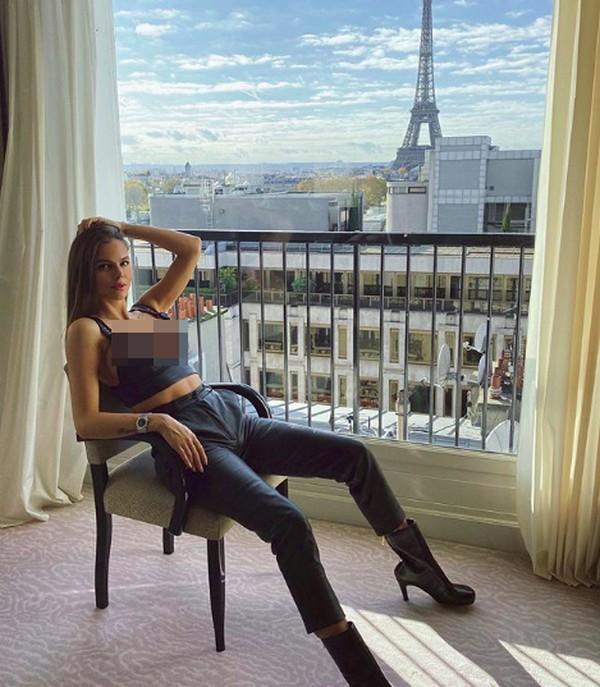 Selain sibuk dengan dunia modelingnya, wanita cantik ini juga jalan-jalan. (viki_odintcova/Instagram)