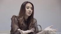 Anya Geraldine Curhat Terbebani Bintangi Rembulan Tenggelam di Wajahmu