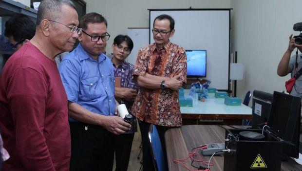 Peneliti UGM Bikin Baterai Nuklir!