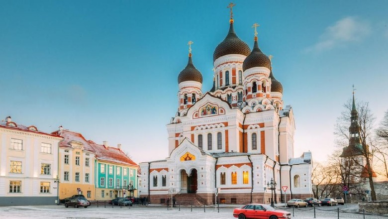 Tallinn, Estonia. Morning View Of Alexander Nevsky Cathedral. Famous Orthodox Cathedral Is Tallinns Largest And Grandest Orthodox Cupola Cathedral. Popular Landmark. UNESCO World Heritage Site