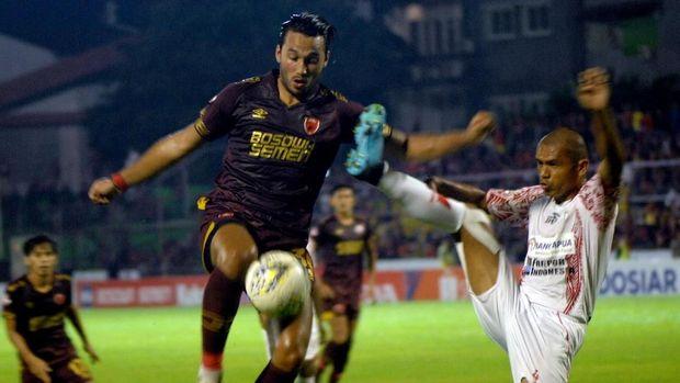 Ilustrasi laga PSM Makassar di Liga 1 2019. (