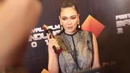 Luna Maya Menang Artis Terpuji hingga Daftar Lengkap Pemenang FFB 2019