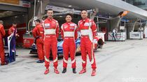 Video Rio Haryanto Cs Finis Ketujuh Asian Le Mans Series Shanghai
