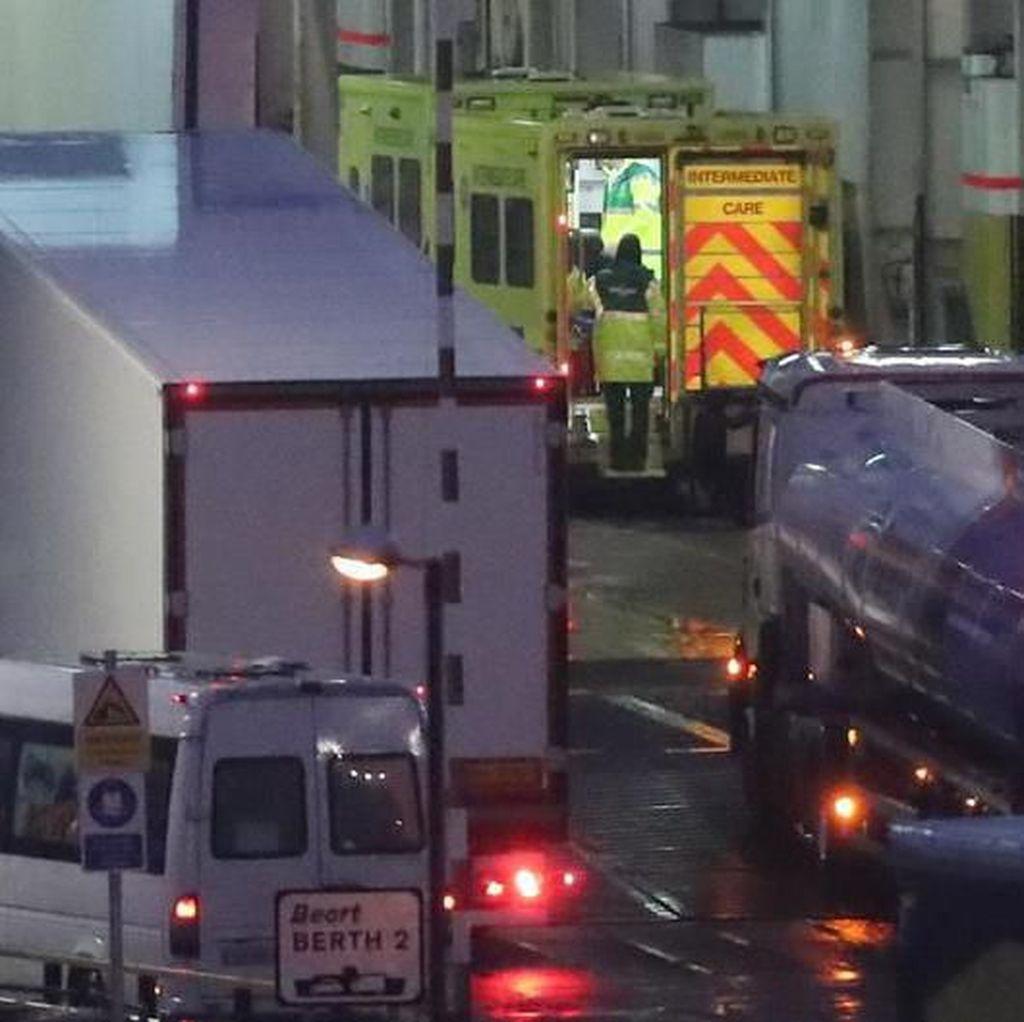 16 Migran Timur Tengah Ditemukan di Dalam Kontainer Tersegel Menuju Irlandia