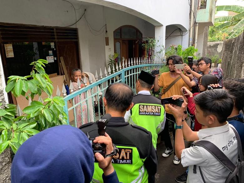 Rumah di Gang Sempit Ditagih Pajak Mobil Mewah. Foto: Istimewa