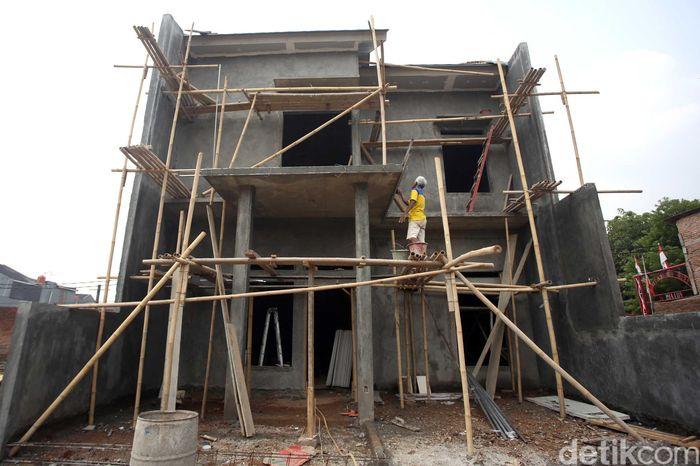 Menteri Pekerjaan Umum dan Perumahan Rakyat (PUPR) Basuki Hadimuljono mengatakan bahwa pemerintah akan segera menambah dana subsidi skema Fasilitas Likuiditas Pembiayaan Perumahan (FLPP) sebanyak Rp 2 triliun untuk 30.000 rumah sampai akhir tahun.