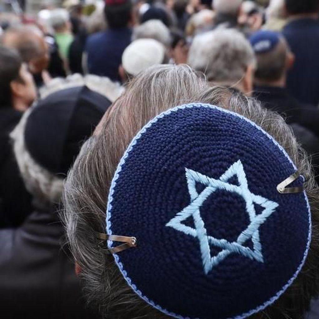 Warga Muslim dan Yahudi di Jerman Bersama Perangi Anti-Semitisme
