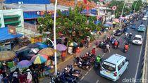 Nasib Trotoar Jatinegara: dari Parkir Liar hingga PKL Tak Jera