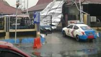 Angin Kencang Rusak Sejumlah Bangunan dan 2 Mobil di Mapolres Ngawi