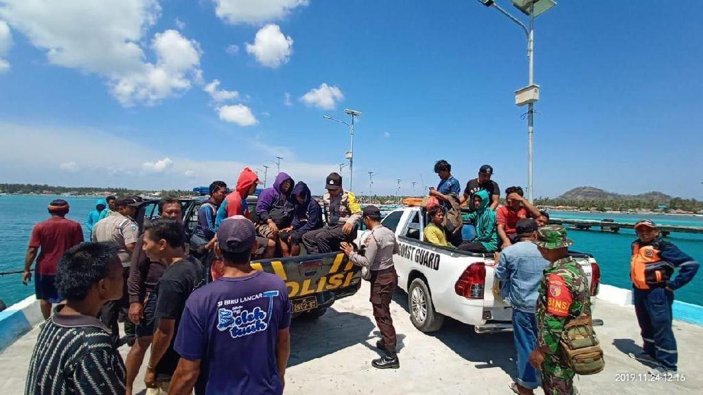 Kapal Tenggelam, 12 Nelayan Lamongan Dievakuasi dari Perairan Masalembu