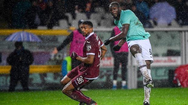 Romelu Lukaku cetak gol pemungkas Inter.