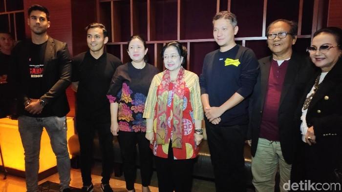 Puan dan Megawati Nobar Nagabonar Reborn (Alfons/detikcom)
