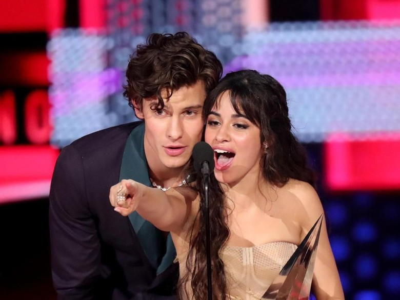 Shawn Mendes dan Camila Cabello Foto: Getty Images