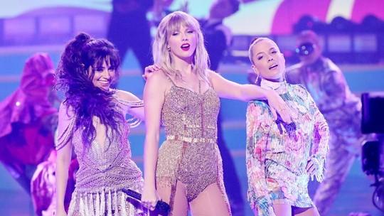 Penampilan Sedekade Taylor Swift di AMAs 2019