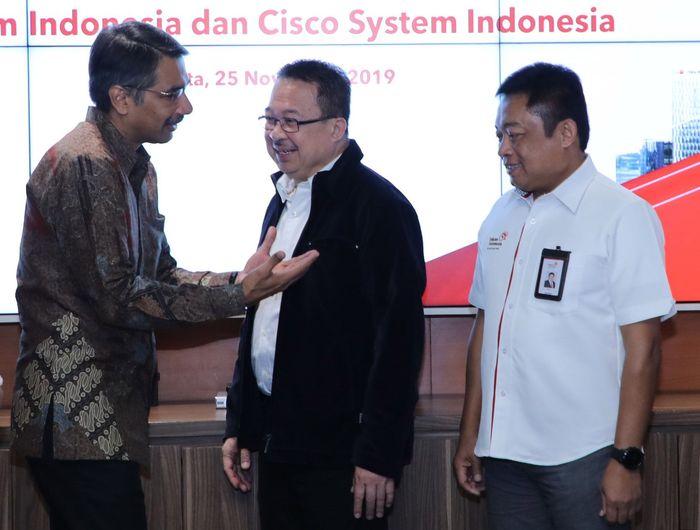 Dalam rangka meningkatkan kapabilitas digital perusahaan sebagai bagian dari transformasi menjadi perusahaan telekomunikasi digital, PT Telkom Indonesia (Persero) Tbk (Telkom) merupakan salah satu langkah Telkom untuk meningkatkan kapabilitas digital, demi mengembangkan rencana pembangunan National Digital Platform. Foto: dok. Telkom
